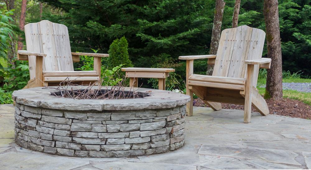 royal-city-nursery-guelph-backyard-landscape-design-inspiration-outdoor-firepit